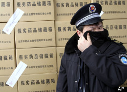 China Arrests 2000 People in Counterfeit Drug Raid