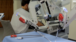Gamified Simulation Enviroments for Robotic Surgery Training